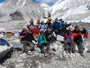 Bästa resesällskapet på Mount Everest Base Camp!